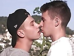 Tube gay love