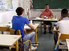 Slutty HighSchool Boys - Ep 3 - Doryann Marguet & Paul Delay