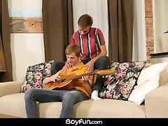 BoyFun - Twink Ben Kingston Rims And Bareback Fucks Alex Law